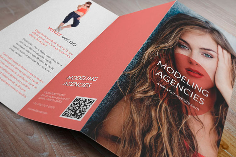 https://storage.googleapis.com/4over4-shop/assets/SEO/618/cheap-brochure-printing.jpg