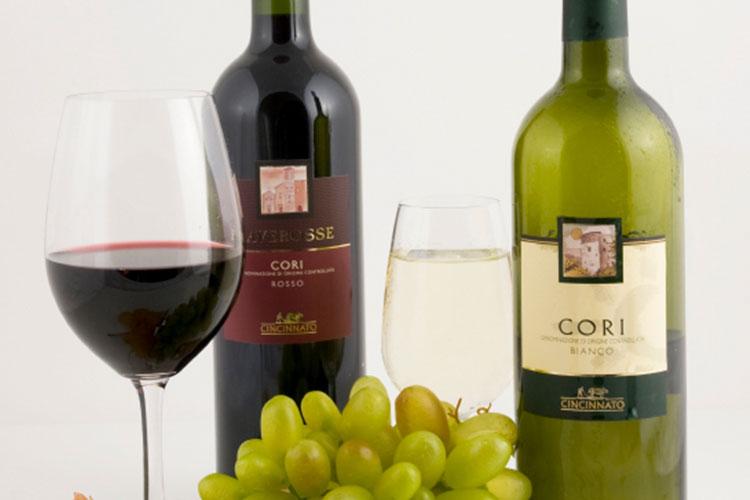 https://storage.googleapis.com/4over4-shop/assets/products/200/any-shape-wine-label-4.jpg