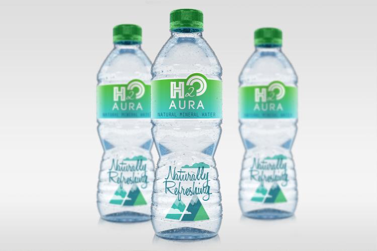 https://storage.googleapis.com/4over4-shop/assets/products/226/158_Premium_Water_Bottle_Labels.jpg