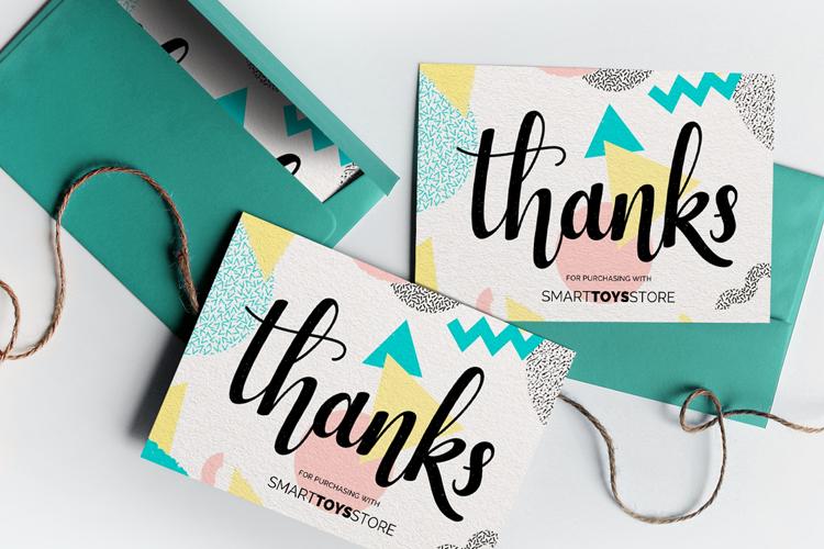 https://storage.googleapis.com/4over4-shop/assets/products/319/velvet-thank-you-cards.jpg