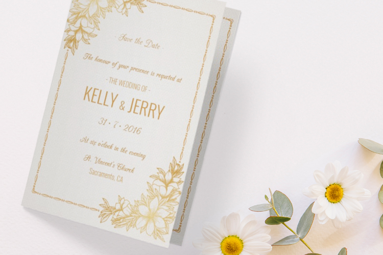 https://storage.googleapis.com/4over4-shop/assets/products/321/folded-wedding-invitaitions-1.jpg