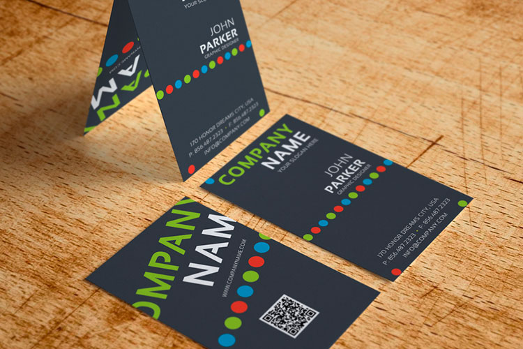 https://storage.googleapis.com/4over4-shop/assets/products/46/silk-laminated-business-cards.jpg