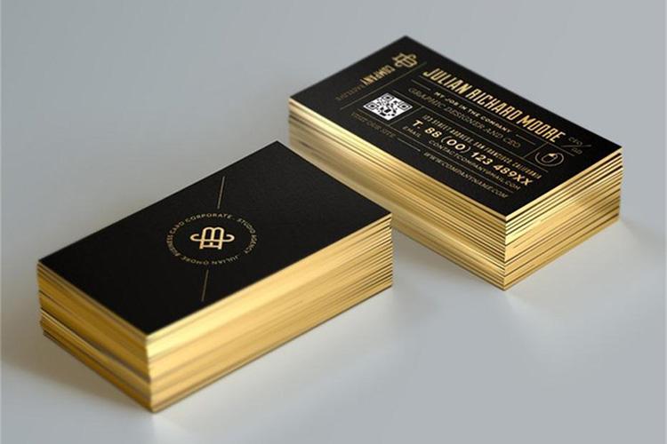 https://storage.googleapis.com/4over4-shop/assets/products/485/Edge-Gilded-Business-Cards-3.jpg