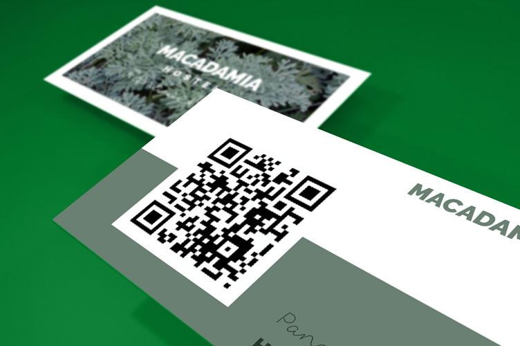 https://storage.googleapis.com/4over4-shop/assets/products/49/printing-qr--business-cards-2.jpg