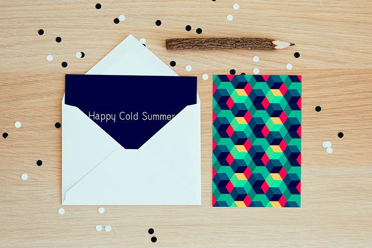 https://storage.googleapis.com/4over4-shop/assets/products/88/silk-postcard-2.jpg