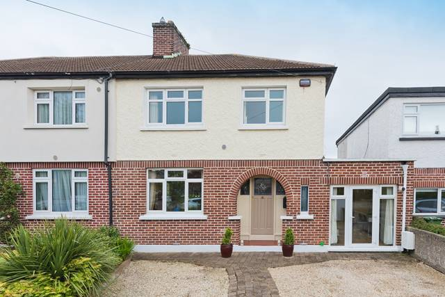 40 Woodlands Drive, Stillorgan, Co. Dublin