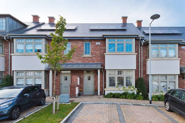 4 The Close, Hazelbrook Square, Churchtown, Dublin 14