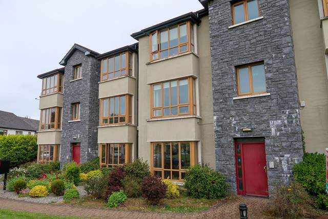 39 Dunbeag, Newport Road, Castlebar, Co. Mayo