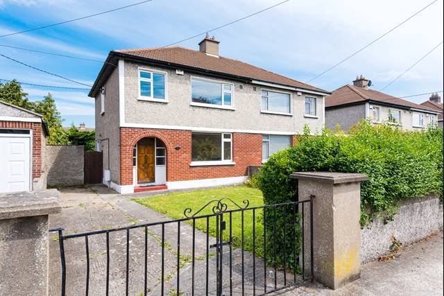31 Kilmacud Park, Stillorgan, Co. Dublin