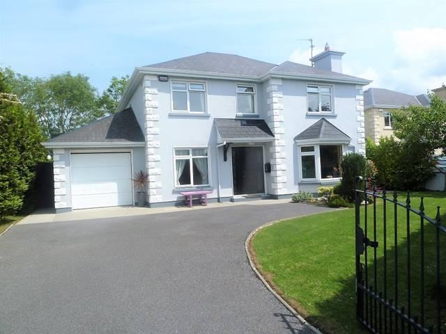 6 Churchfield, Castlebar, Co. Mayo