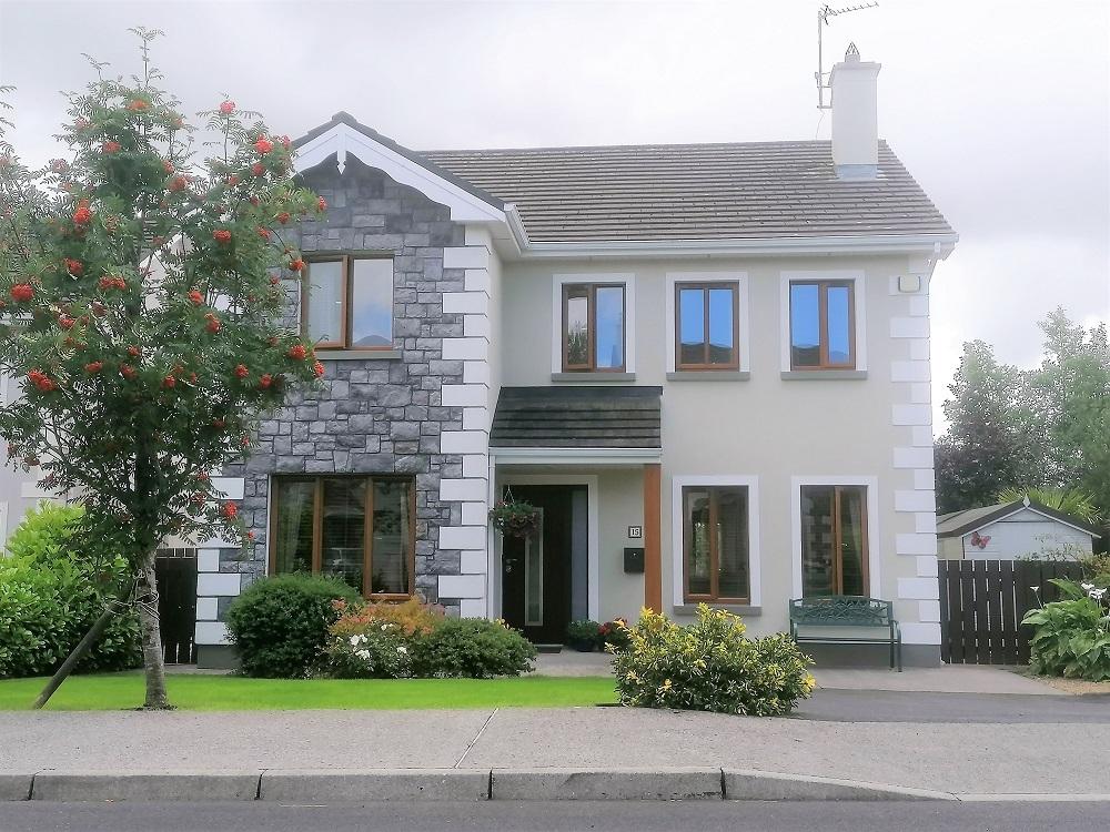 15 Faiche Lén, Leicnén Village, Castlebar, Co. Mayo