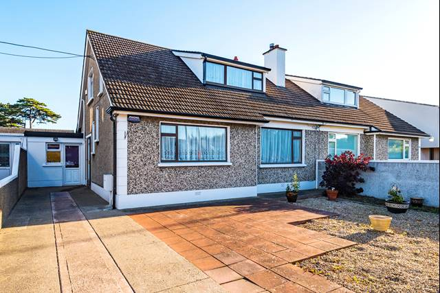 30 Brookville Park, Blackrock, Co. Dublin
