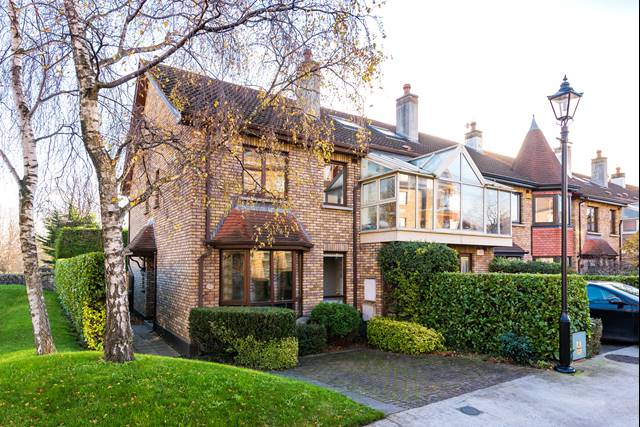 58 Shrewsbury Park, Ballsbridge, Dublin 4