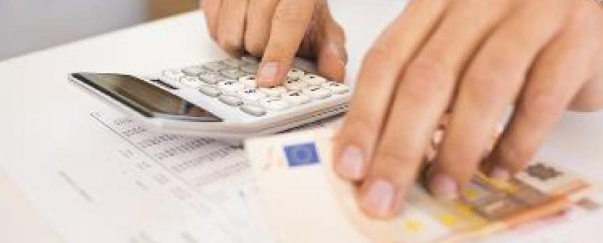 Top 5 financial issues that young adults face today