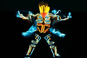 幻想劇なEL SQUADのダンスパフォーマンス