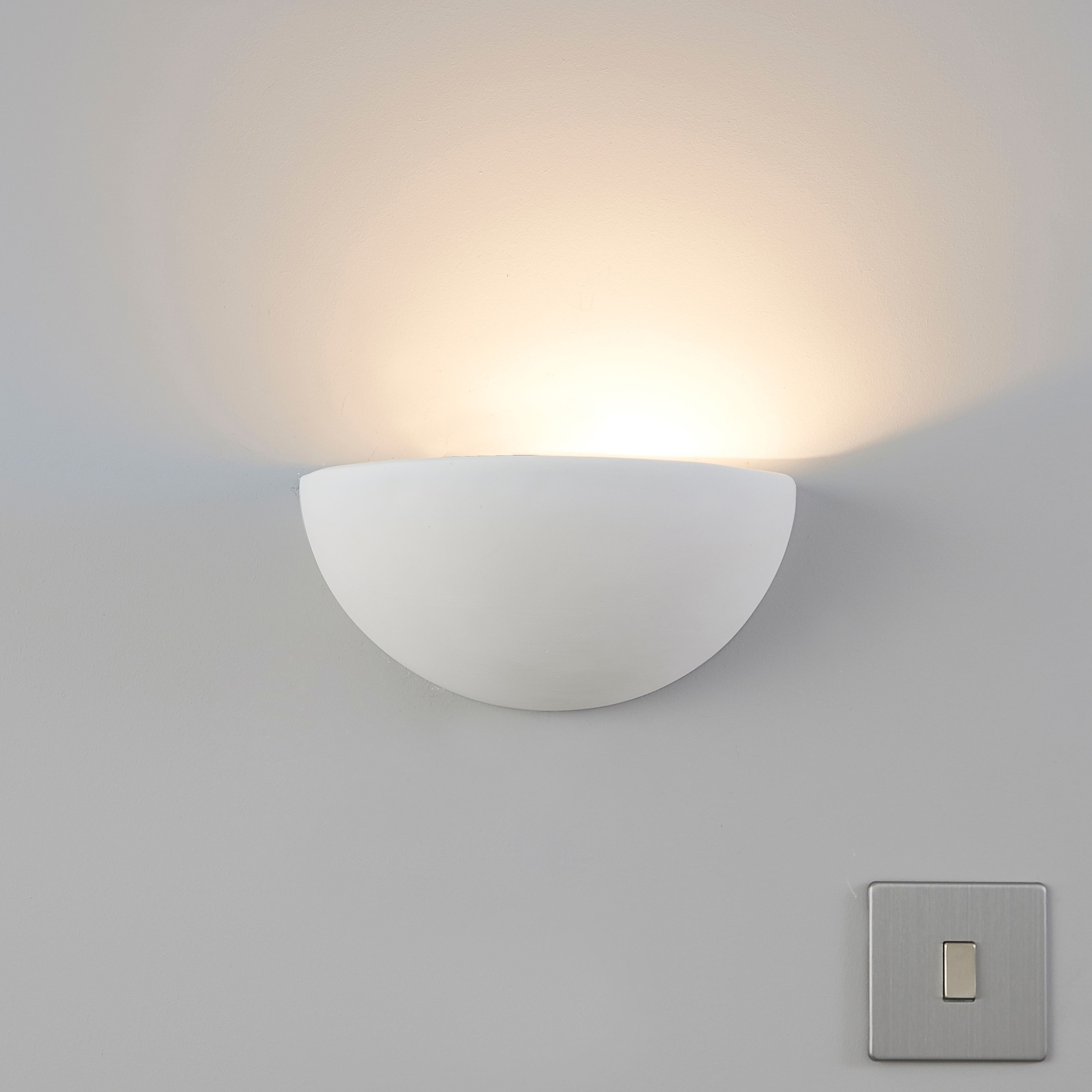 meet 5c18a 29397 Aura Cream Wall Uplighter