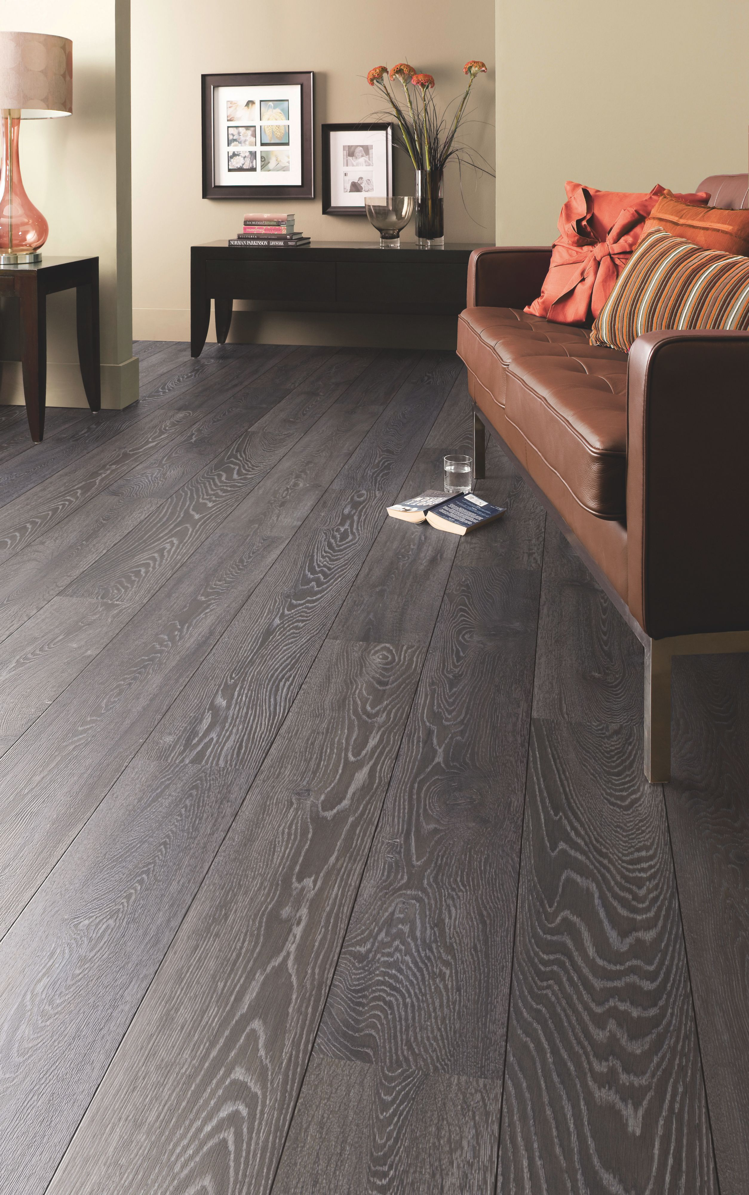 Amadeo Bedrock Oak Effect Authentic Embossed Finish Laminate Flooring 2 22 M² Pack