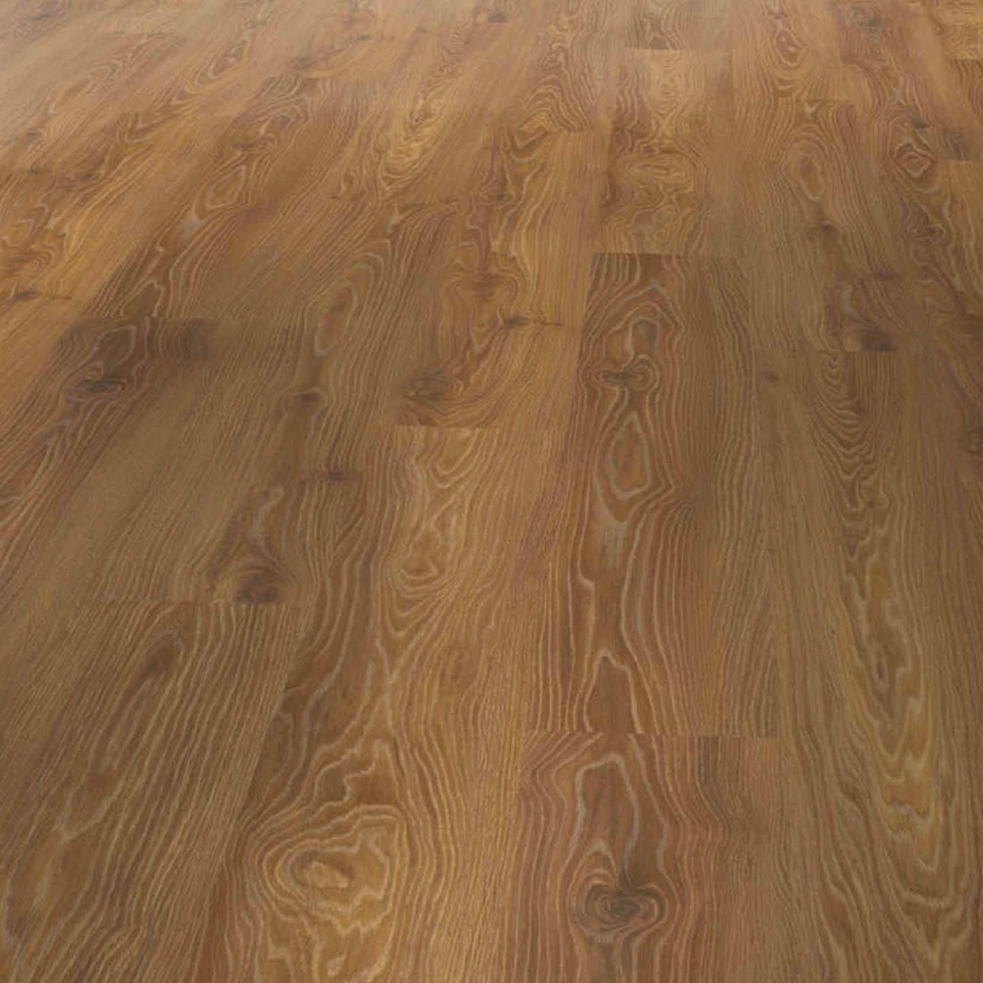 Warm Oak Effect Laminate Flooring