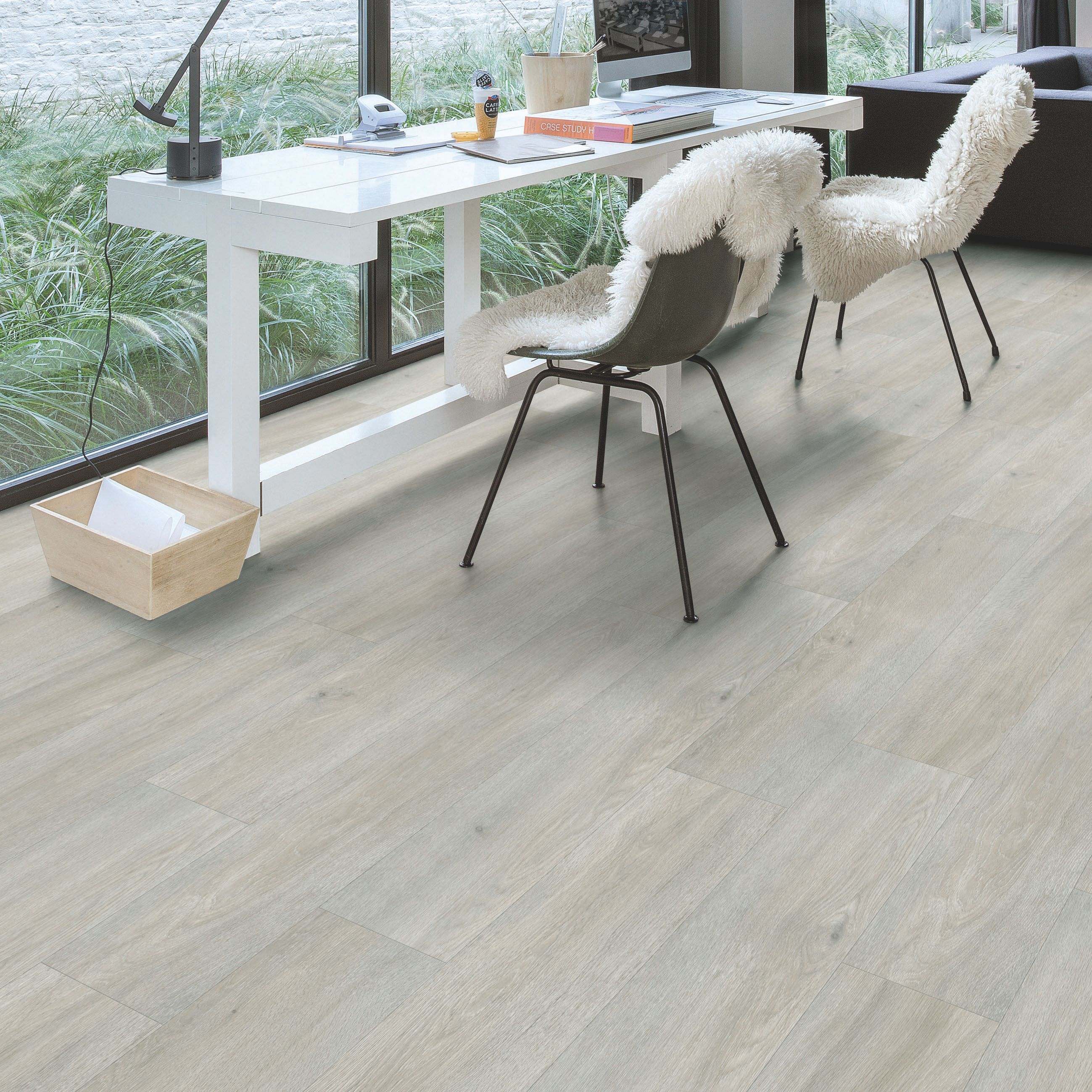 Quick Step Paso Light Grey Oak Effect Waterproof Luxury Vinyl Flooring Tile 2 105 M² Pack