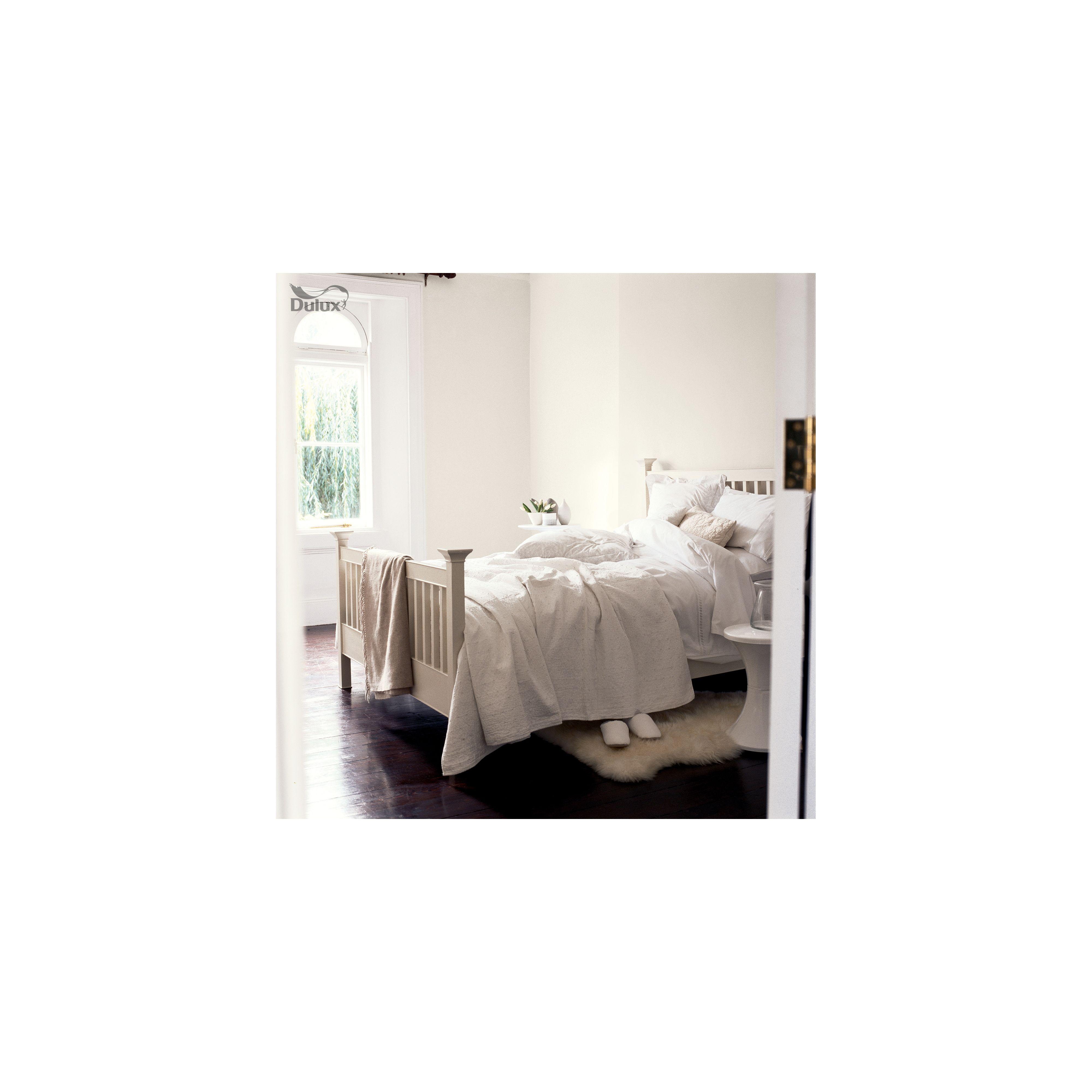 Dulux Once White Cotton - Matt Emulsion Paint - 5L