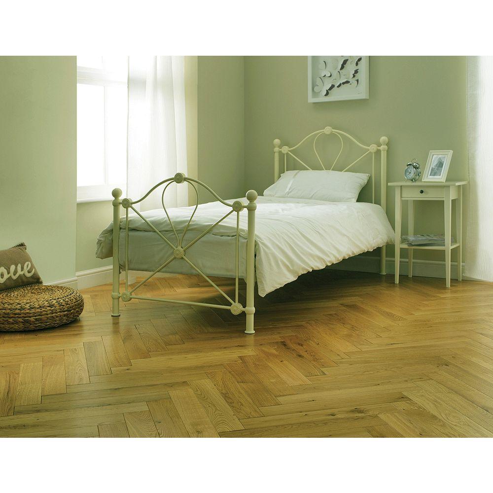 Wickes Herringbone Natural Oak Real Wood Top Layer Engineered Wood ...