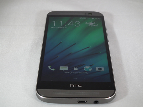 HTC One M8 officially unveiled