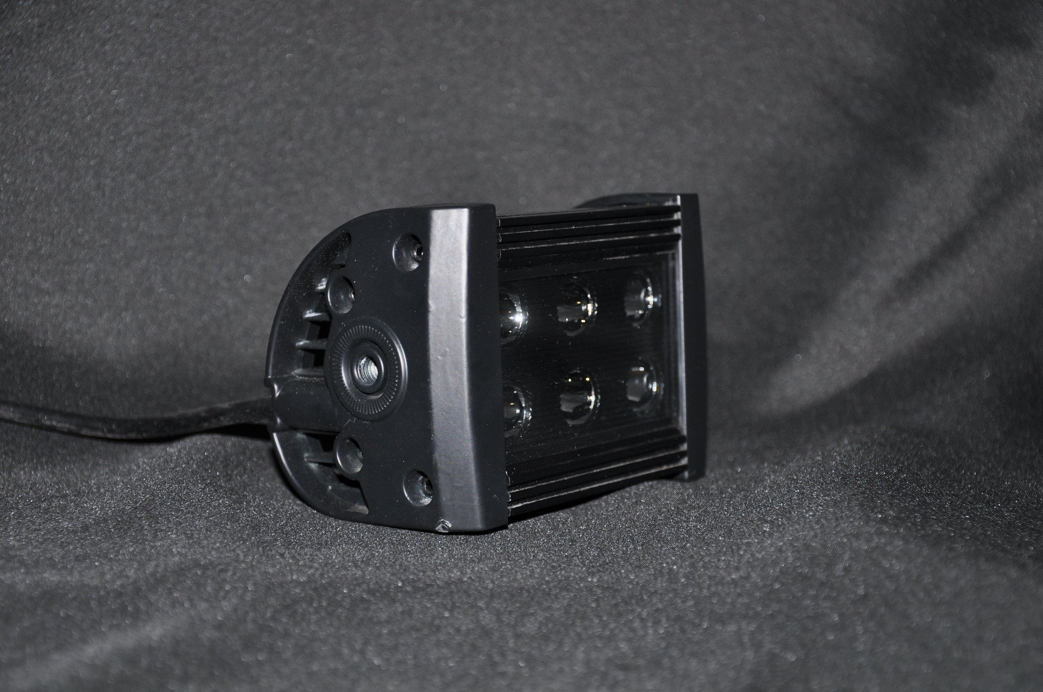 DV8 Offroad BR5E24W3W 5 Inch Light Bar 24W Spot 3W LED Black