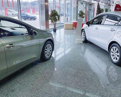 Com falta de carros, setembro tem pior média de vendas em 14 meses