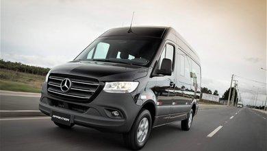 Mercedes-Benz celebra 65 anos de Brasil e reforça foco no cliente em divisão Cars & Vans