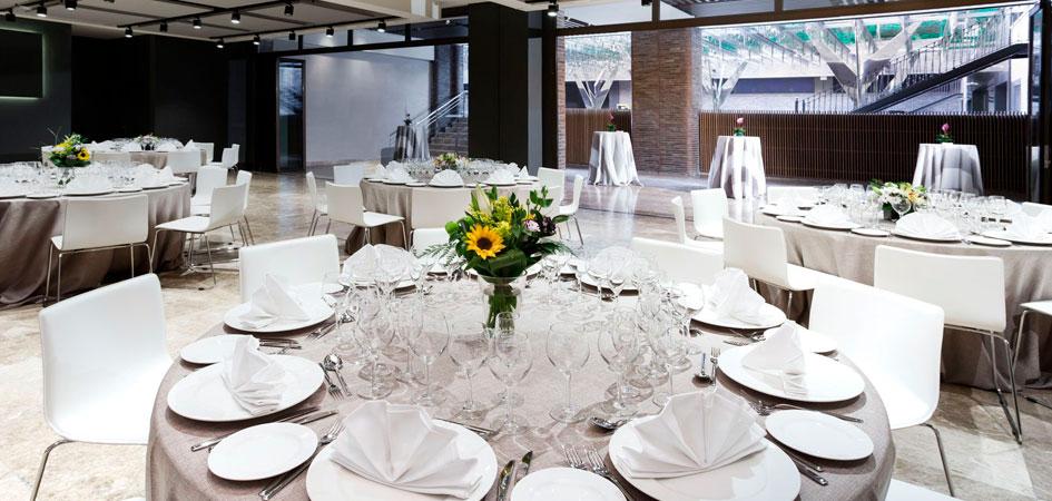 Celebrar comunión en el hotel Novotel Madrid Center