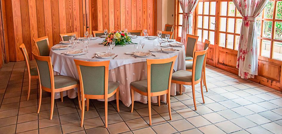 Restaurante granja Santa Creu para comuniones en Valencia