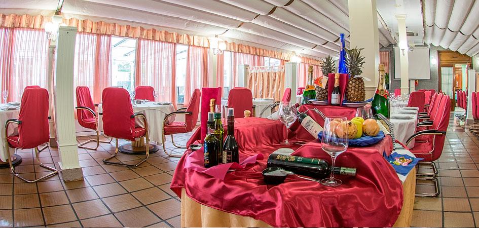 Restaurante Los 5 Pinos comuniones en Madrid
