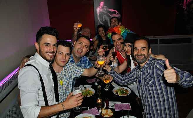 Despedidas de soltero con espectáculo erótico en Barcelona
