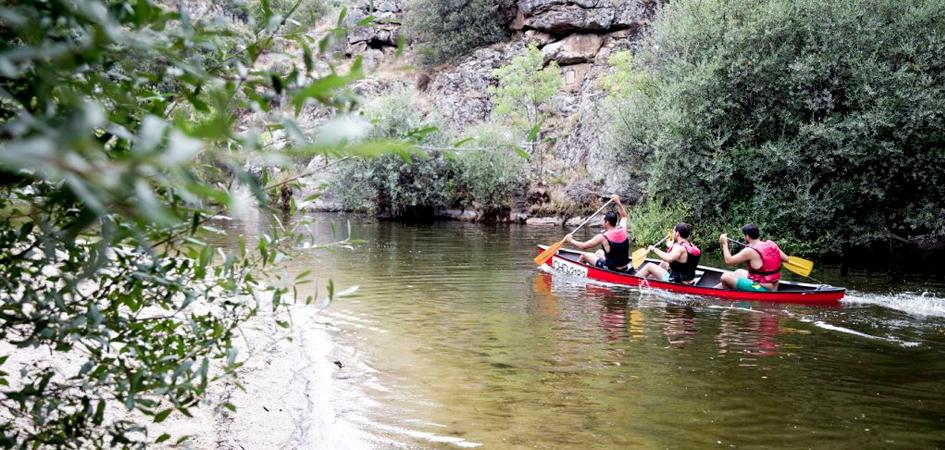 Canoas actividades multiaventura en Madrid