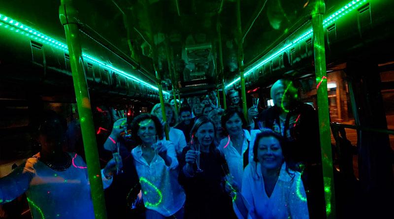 Cena a bordo del Partybus