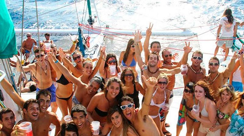fiestas en barco valencia