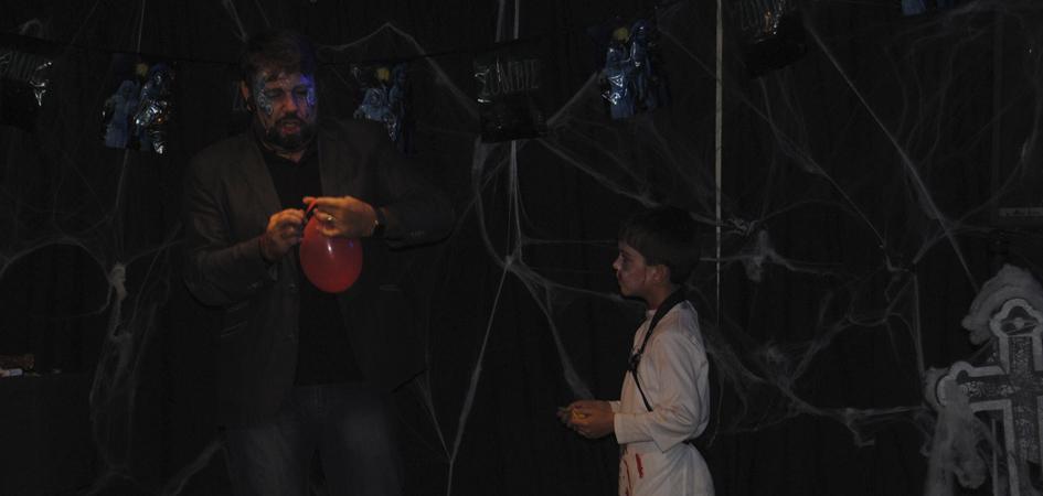 que hacer con los niños en halloween