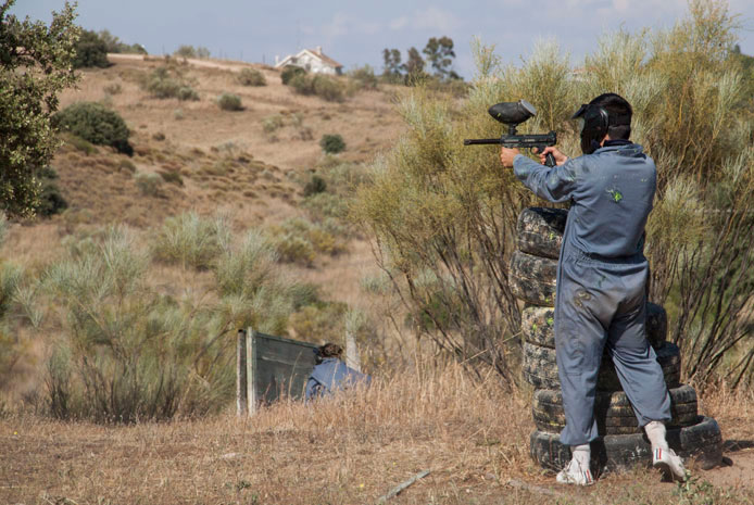 Campo natural paintball en Madrid