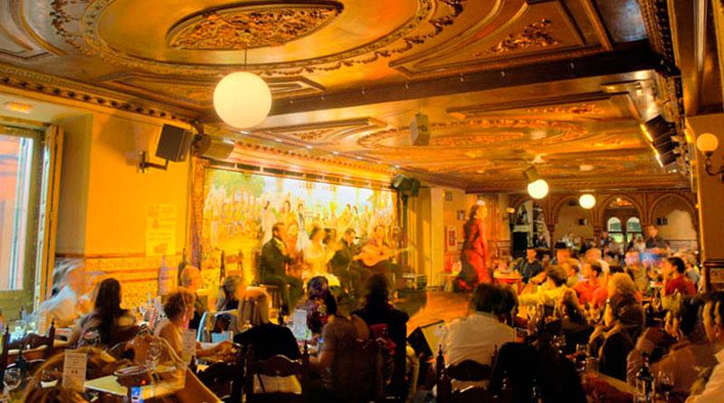 Cena de Nochebuena con espectáculo Madrid