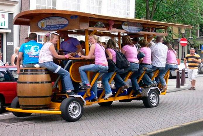 De cañas en beer bike Madrid