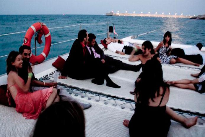 Despedida de soltera en catamarán Valencia