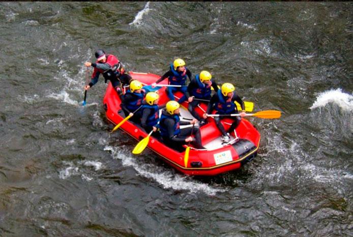 Despedidas de soltera con rafting en Salamanca