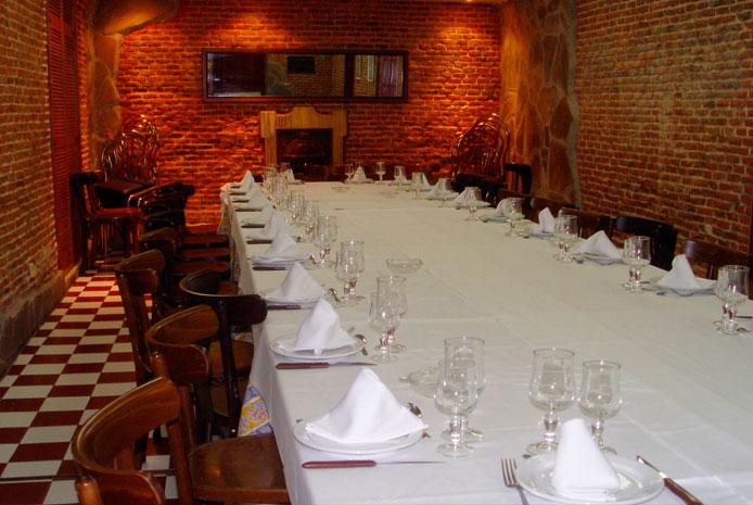 Despedidas de soltero en restaurante con salones privados Madrid