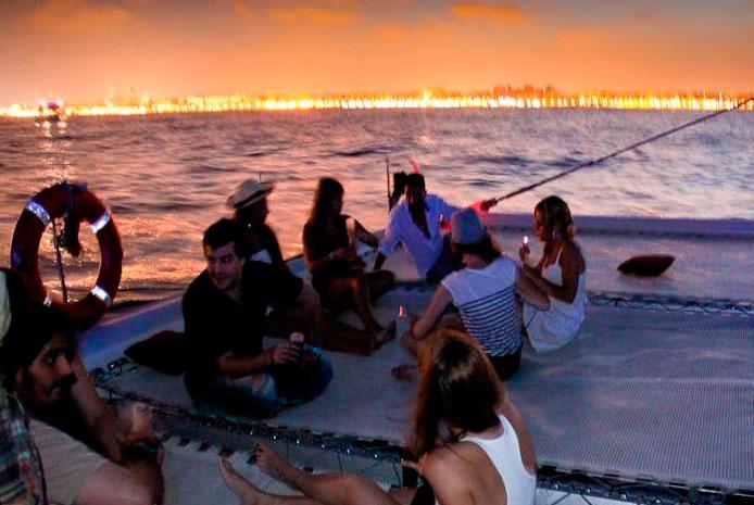 Fiestas en catamarán Valencia