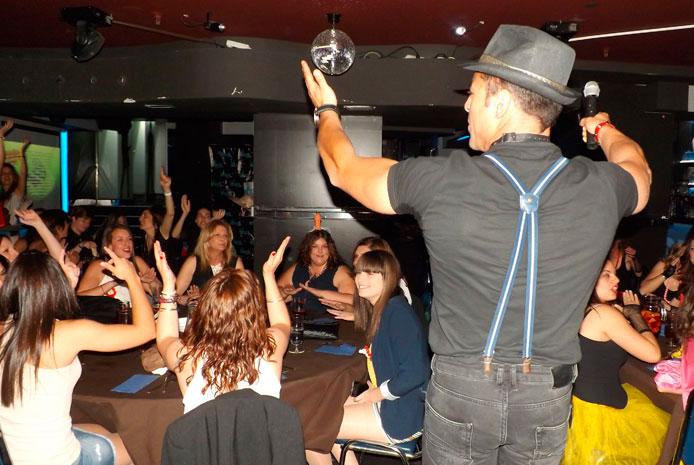 Guerra de karaoke en Madrid