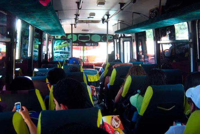 Minibús pequeño para despedidas en Madrid