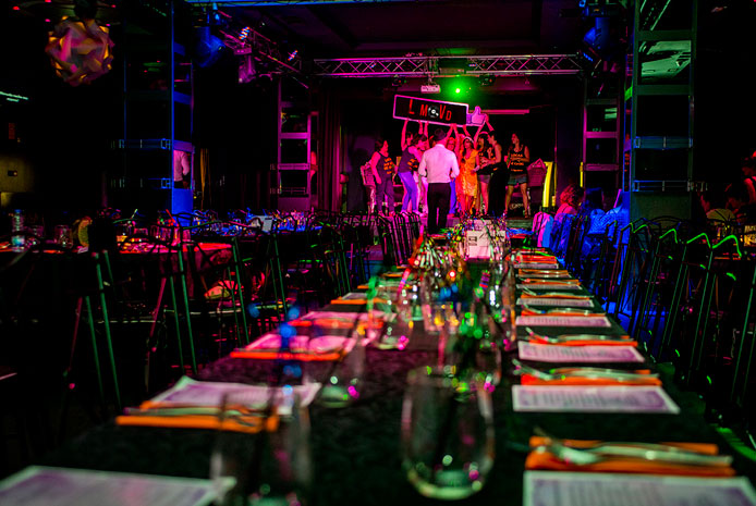 Restaurante con karaoke para Nochevieja