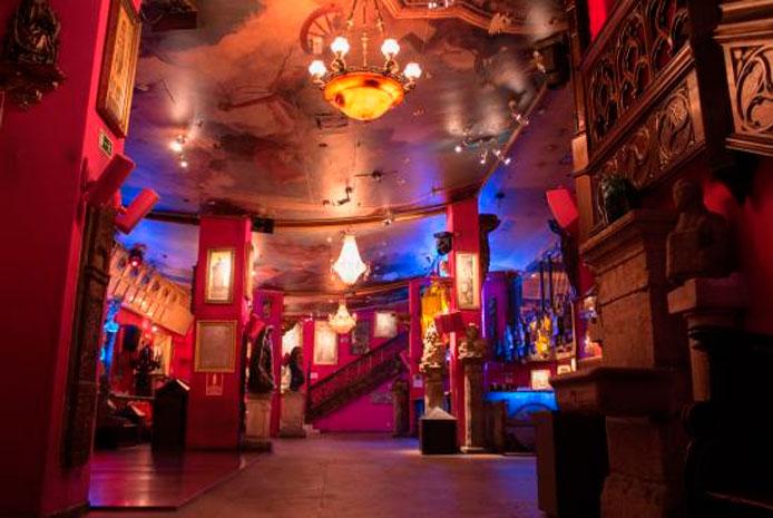 Restaurante y discoteca: Sala Alegoria