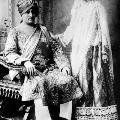 Nawab of Janjira (1879-1922) born 1862 and Nazli Begum of Jangira (1874-1968) Sister of Atiya Fyzee, Maharashtra India. Image shot 1908. Exact date unknown.