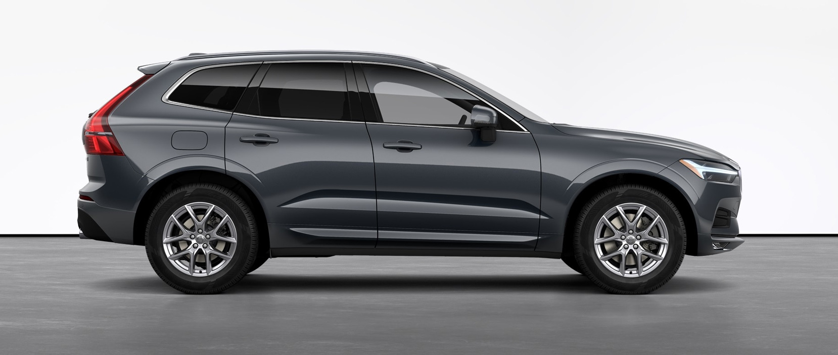 2021 Volvo XC60 T5 Momentum in Meredith, NH